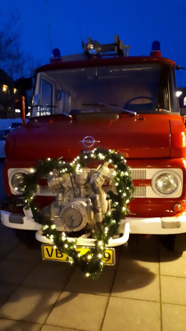 Julehjerte på brandbil
